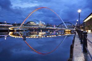 Auton vuokraus Newcastle Upon Tyne, Iso-Britannia