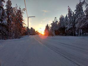 Auton vuokraus Pello, Suomi